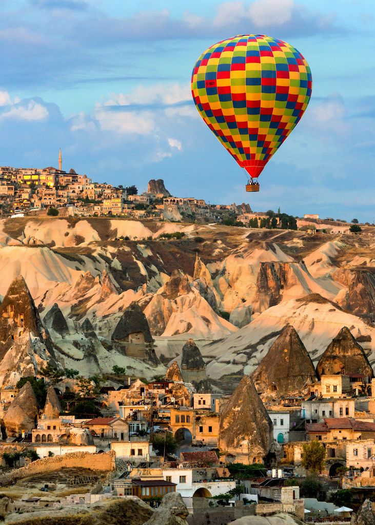 Royal Balloon Cappadocia and Central Turkey, 104 best Globos images on Pinterest | Hot air balloons, Lighter ...