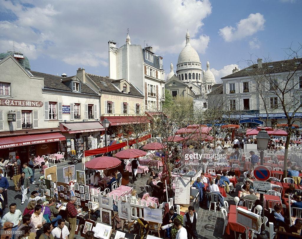 Rue Mouffetard Paris, Outdoor Cafes In The Place Du Tertre And Sacrecoeur In Background ...