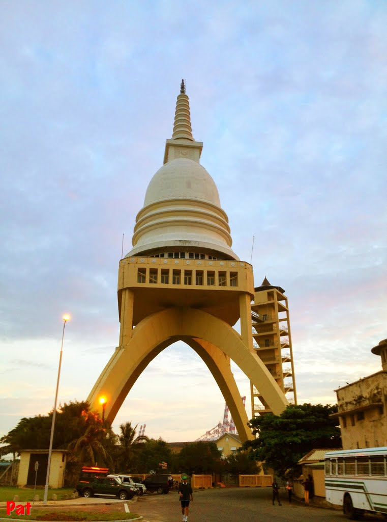 Sambodhi Chaitiya Colombo, Panoramio - Photo of Sambodhi chaithya - Colombo