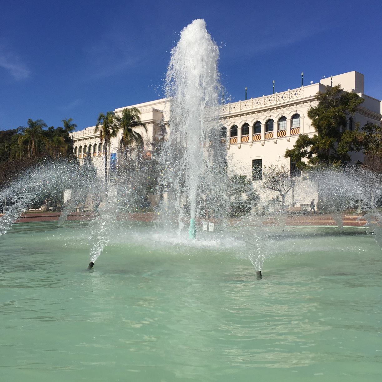 San Diego Automotive Museum San Diego, Bea Evenson Fountain, San Diego, California - 3 mile hike today...
