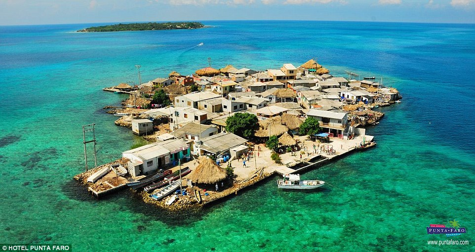Santa Cruz del Islote Islas de San Bernardo, Caribbean islet measures less than 1 square kilometre but is home ...