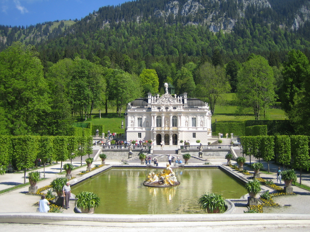Schloss Linderhof The Bavarian Alps, Roecken's Travels - Linderhof Castle (Bavarian Alps)