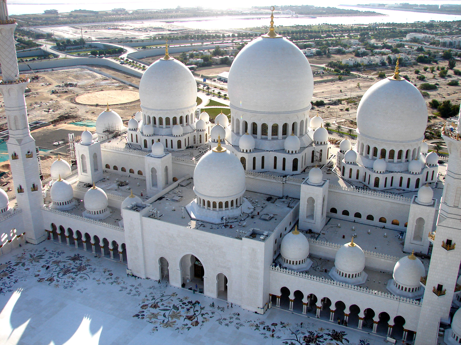 Sheikh Zayed Grand Mosque Abu Dhabi, Sheikh Zayed Grand Mosque Centre selects Etisalat Facilities ...