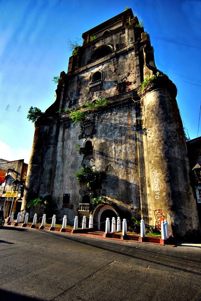 Sinking Bell Tower Laoag, Affordable Vacations in Asia: The Philippines: LAOAG CITY, ILOCOS ...