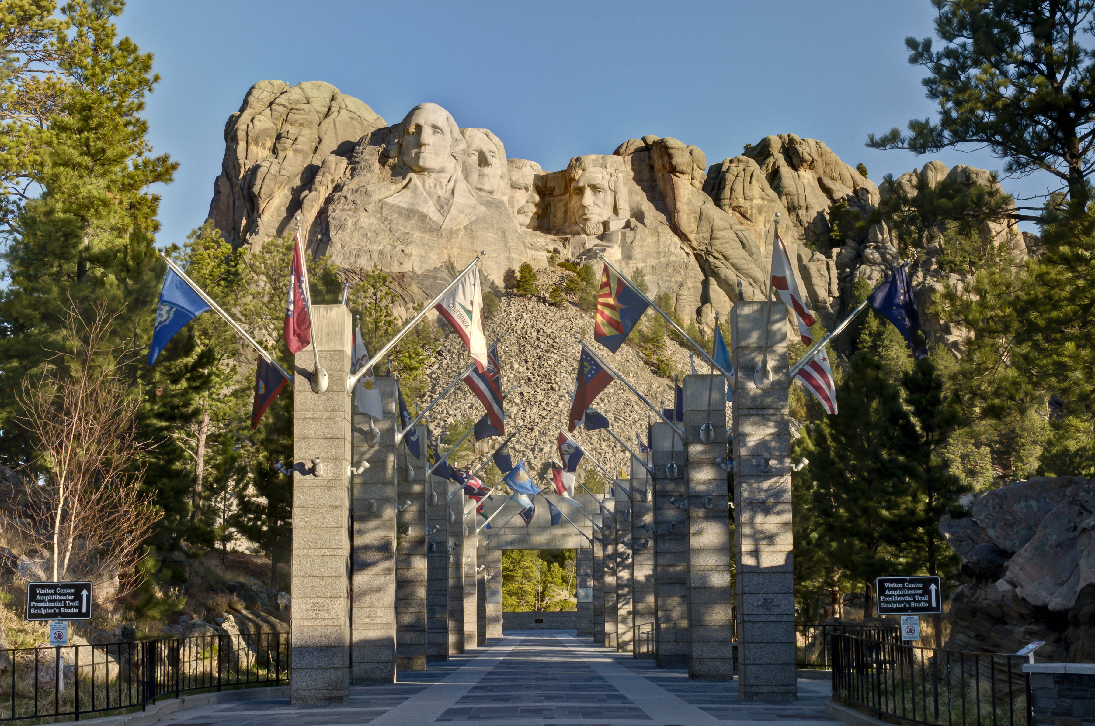 Sitting Bull Crystal Caverns Mt. Rushmore and the Black Hills, Badlands & Black Hills of South Dakota - T&A Tours Motorcoach ...