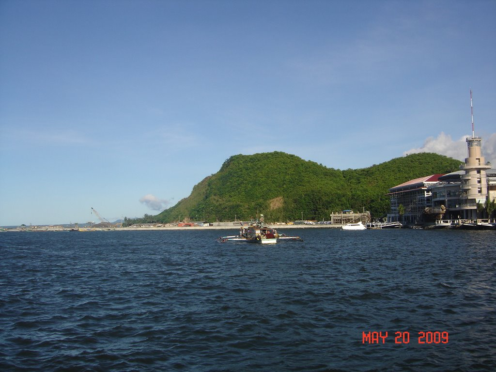 Sleeping Lion Hill Legazpi, Panoramio - Photo of The view of port of Legazpi, The Sleeping ...