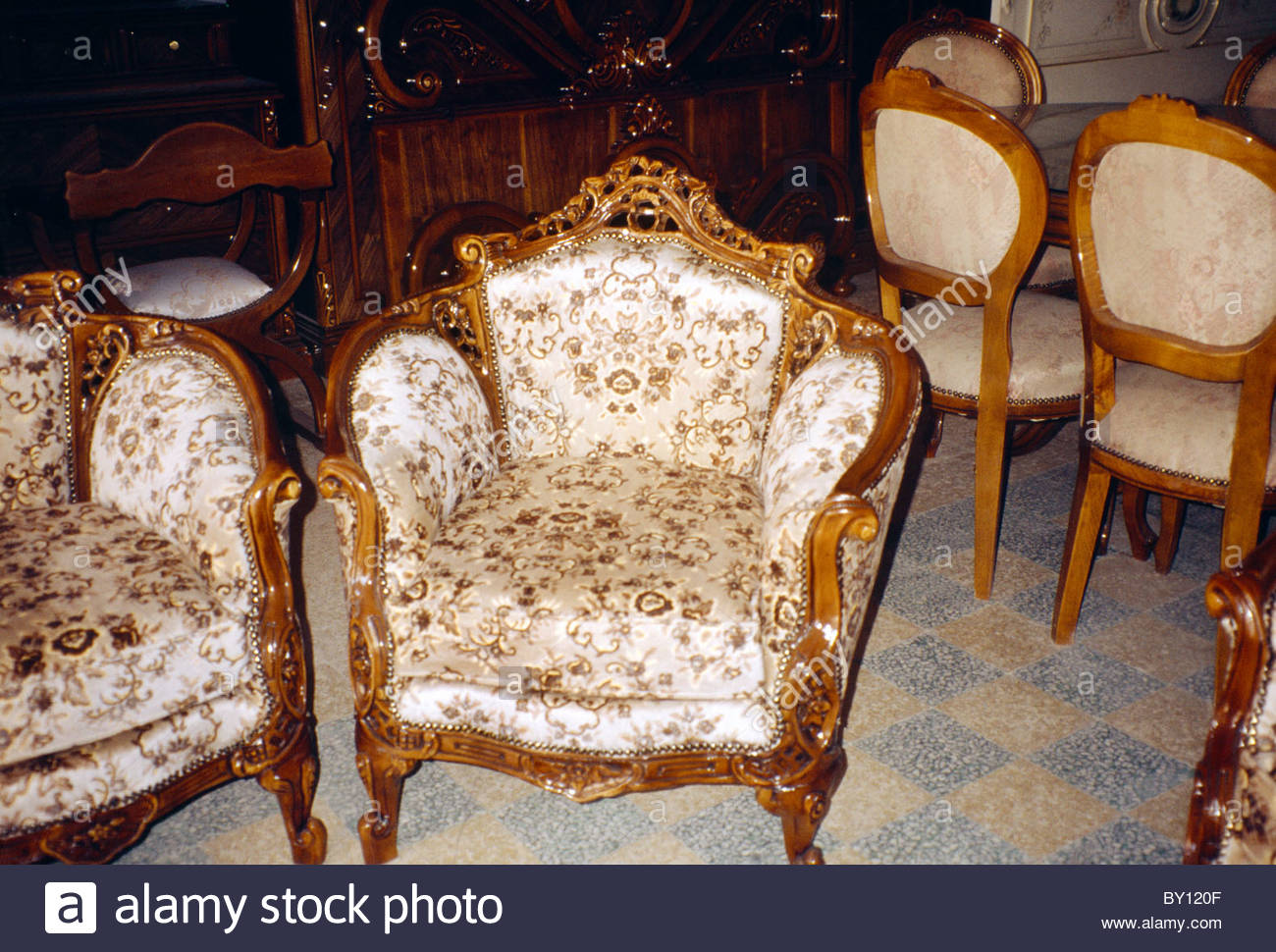 Souq Al Haraj Tripoli, Tripoli Lebanon Souk Al Haraj Furniture Shop Chairs On Sale Stock ...