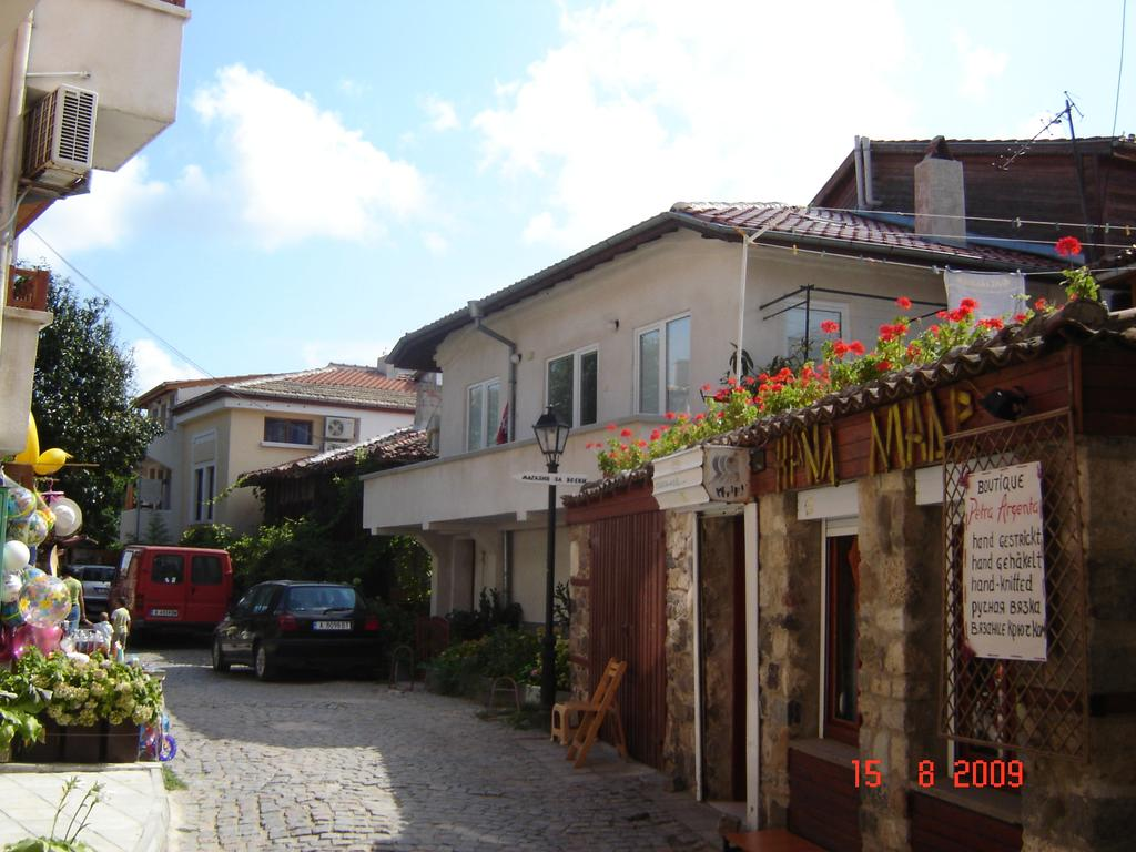 Sozopol Old Town Bulgaria, Apartment Apart Old Town Sozopol, Bulgaria - Booking.com