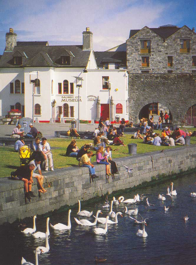 Spanish Arch Galway City, Galway City break in Ireland's most romantic city. Go west for love.