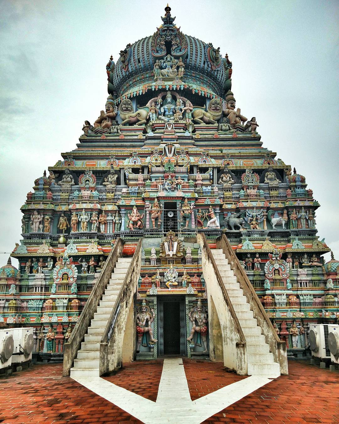 Sri Muneeswaran Hindu Temple Malaysia, Singapore & Brunei, Meenakshi Hindu temple in Tamil. 2500 years old | Incredible India ...
