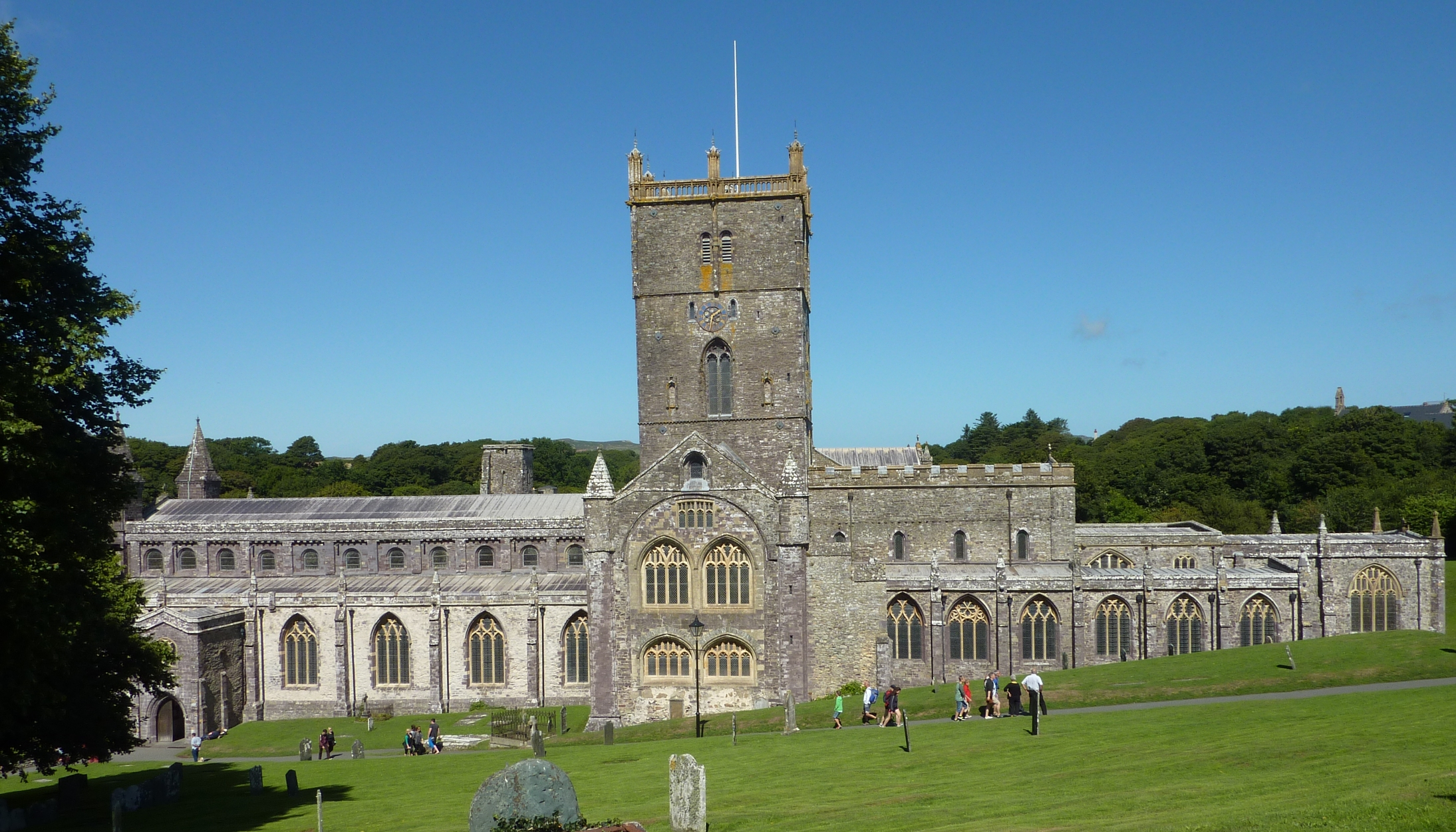St. David's Cathedral South Wales, St Davids: holiday cottages, hotels, camping & things to do