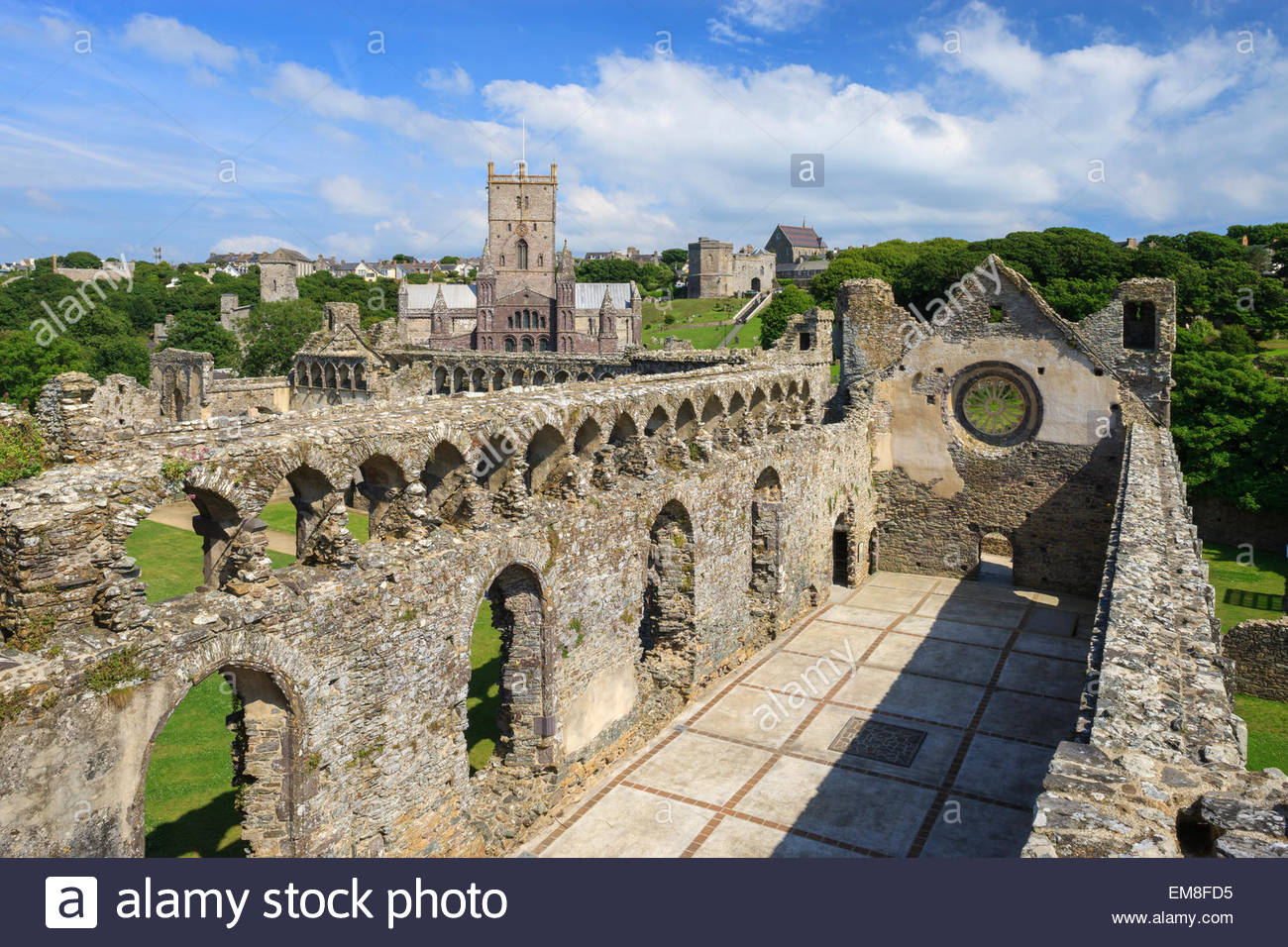 St. David's Cathedral South Wales, View of St Davids Cathedral Pembrokeshire Eglwys Gadeiriol Tyddewi ...
