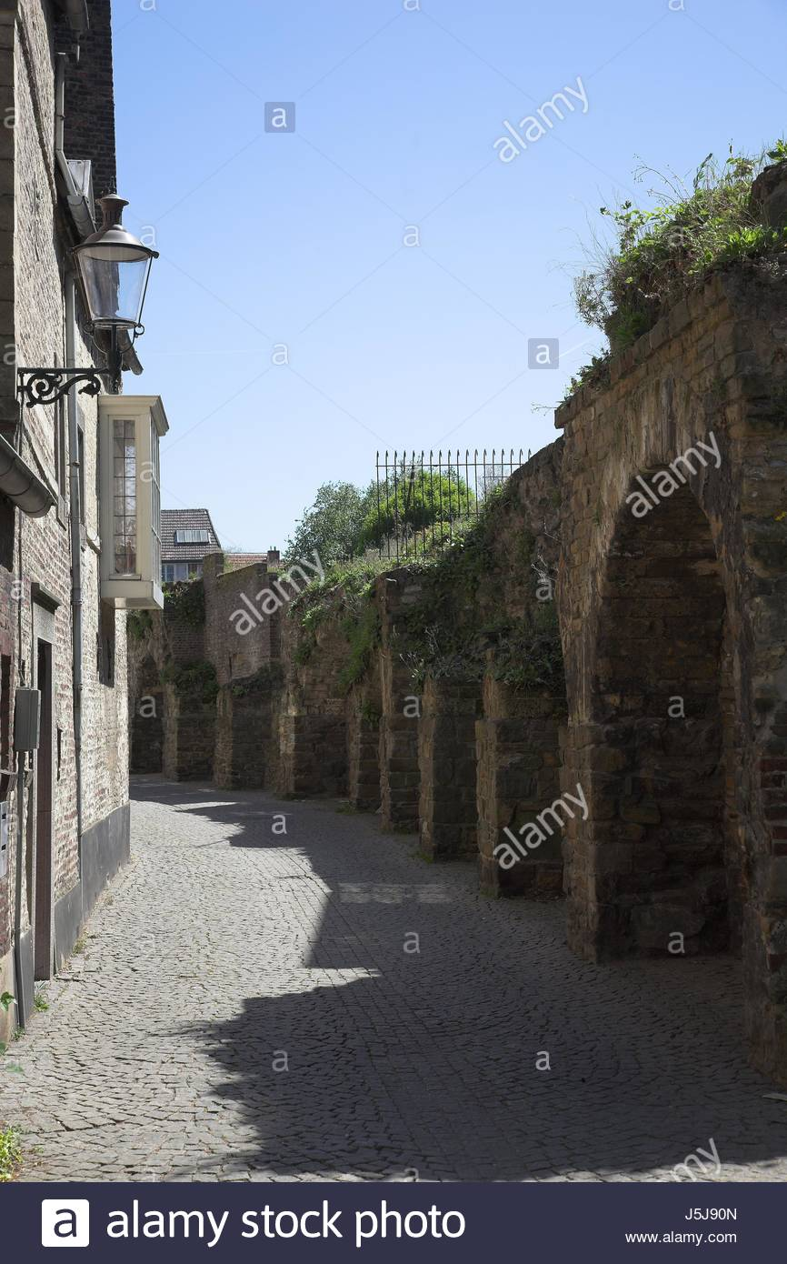 Stadtmauer The Romantic Road, Stadtmauer Stock Photos & Stadtmauer Stock Images - Page 6 - Alamy