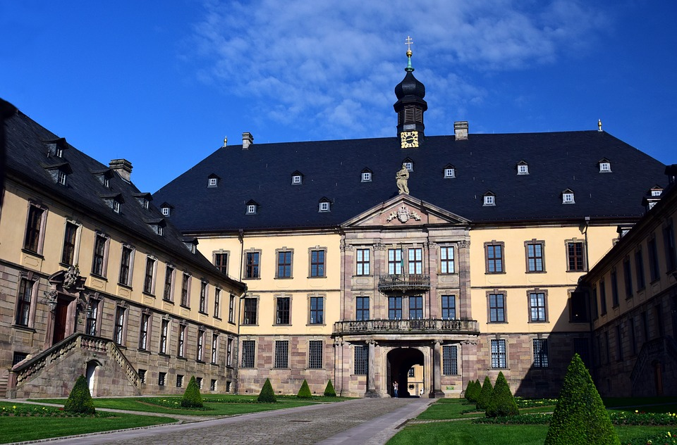 Stadtschloss The Fairy-Tale Road, Free photo Fulda Historically Castle Schloss Fulda Old Town - Max ...