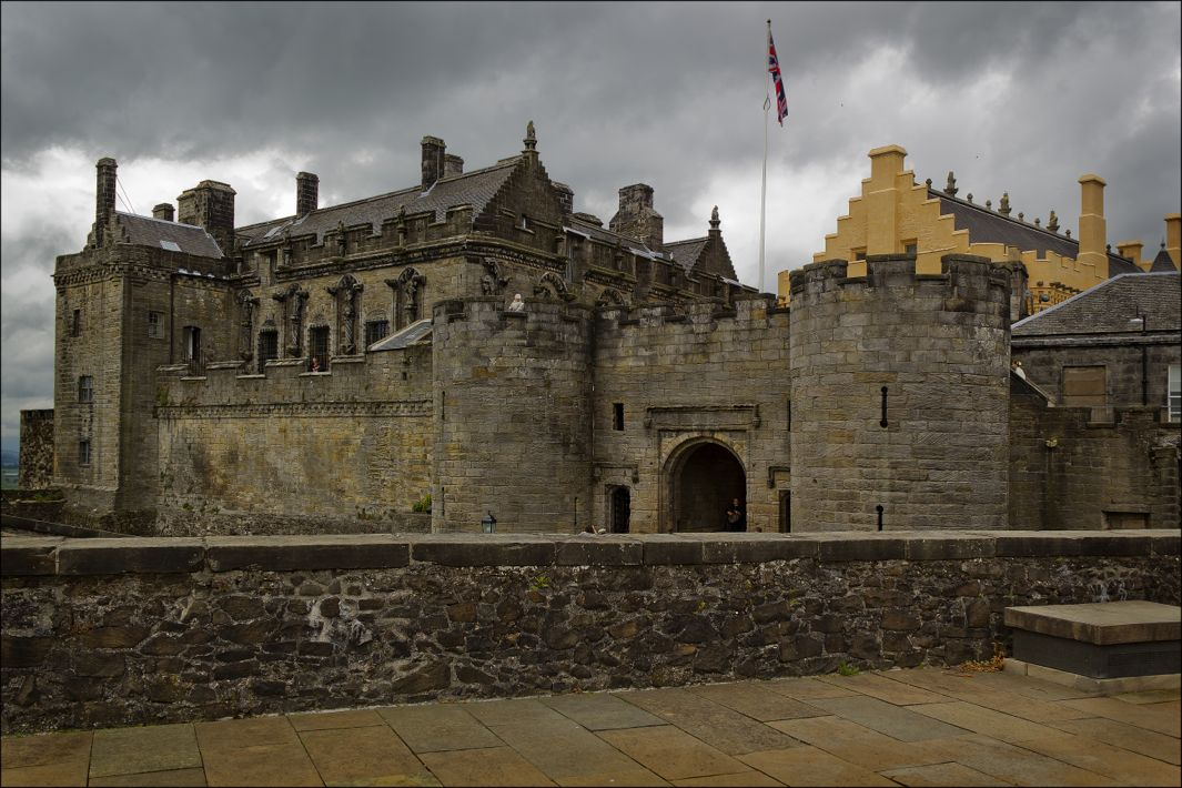Stirling Castle Stirling, Scotland's Stirling Castle: The Great Hall illustrates the ...