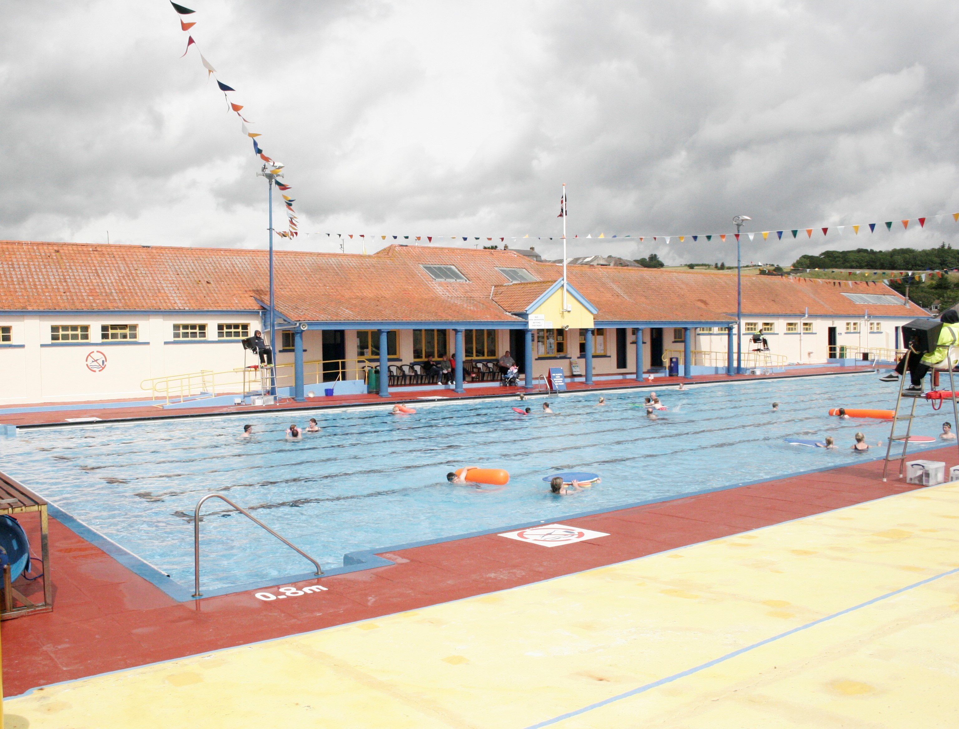 Stonehaven Open-Air Swimming Pool Aberdeen and the Northeast, Stonehaven Open Air Pool | LOOKING BACK | MOVING FORWARDS