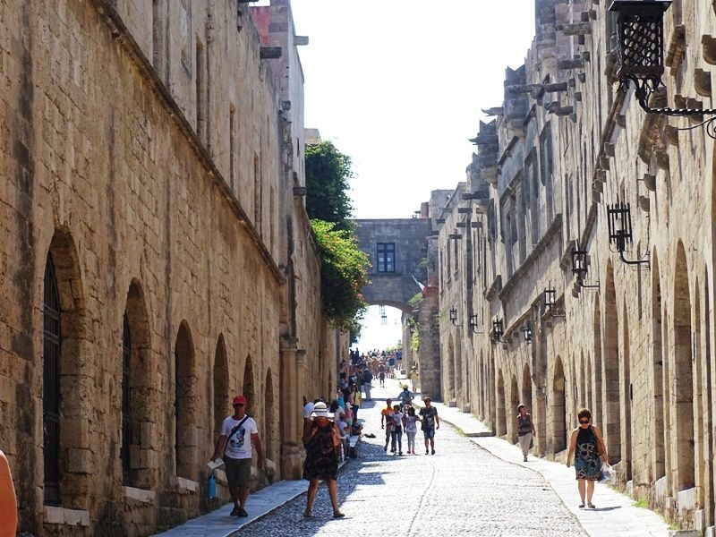 Street of the Knights Rhodes Town, Things to do & see in Rhodes town Greece   travelpassionate.com