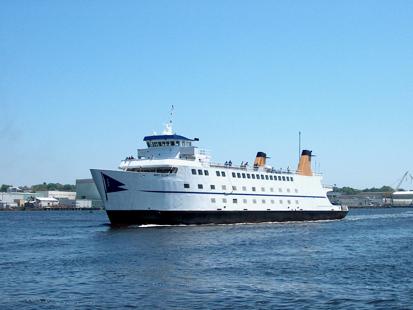 Submarine Force Museum New Haven, Mystic, and the Coast, A Tour of Long Island Wine Country | Make Ahead Meals For Busy Moms