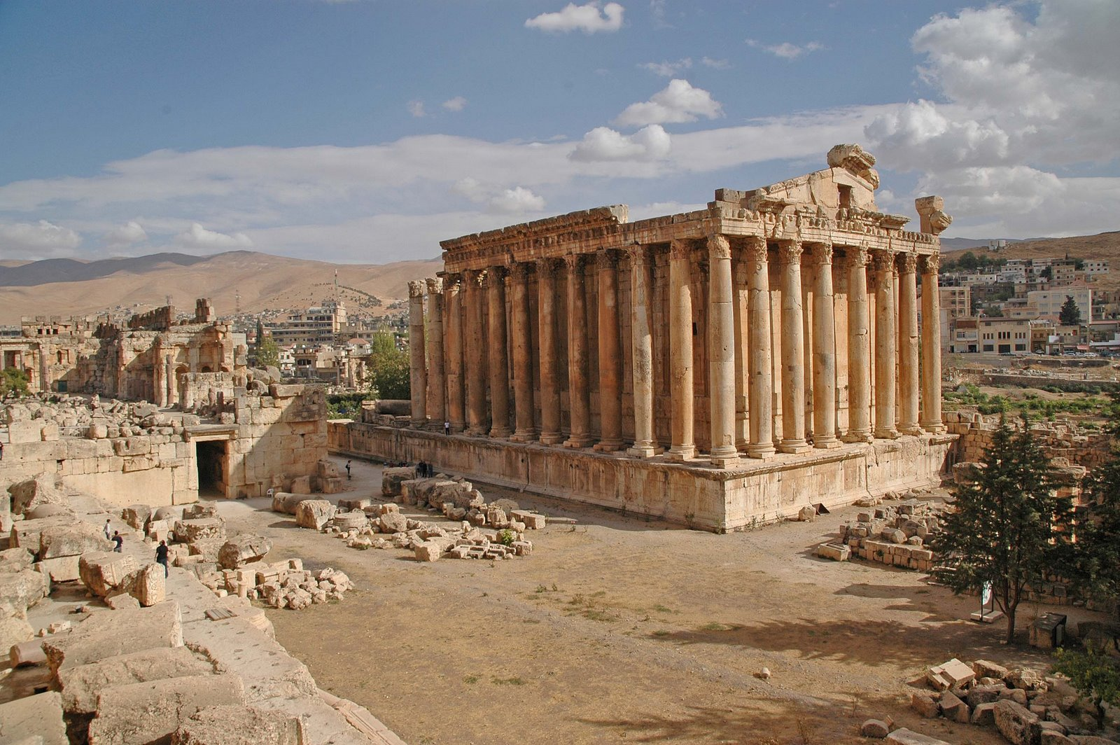Temple of Jupiter Baalbek, Temple of Jupiter Baalbek « UFO-Contact News