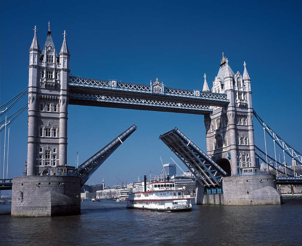 Thames River London, Thames Boat Cruises | London Party Boats and Private Hire