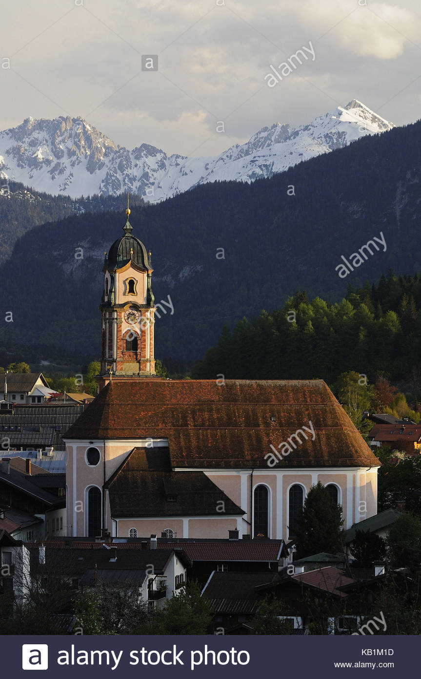 The Geigenbaumuseum The Bavarian Alps, Geography Travel Germany Bavaria Mittenwald Stock Photos ...