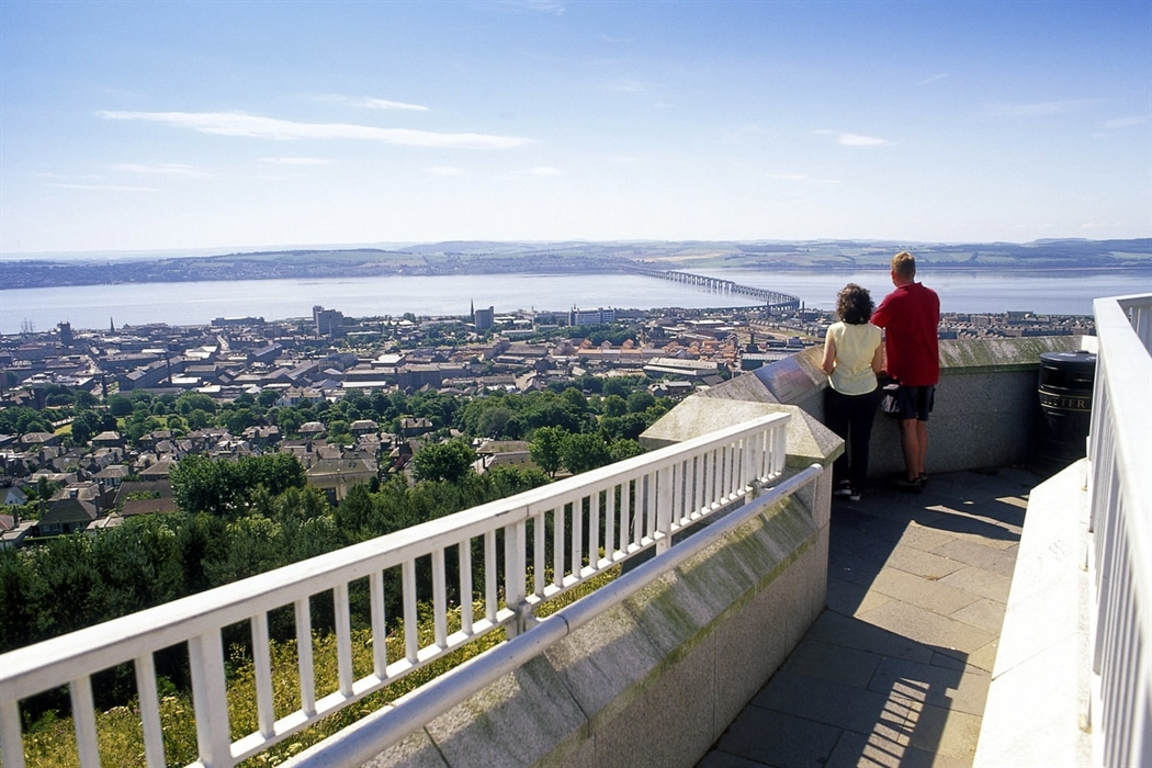 The Law Fife and Angus, Dundee Law | VisitScotland