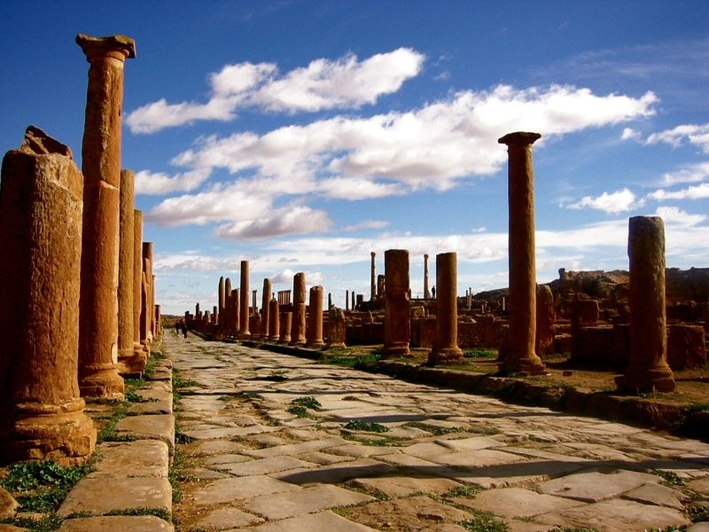 Timgad Timgad, Timgad: An Ancient Roman City With a Very Modern Grid Design ...