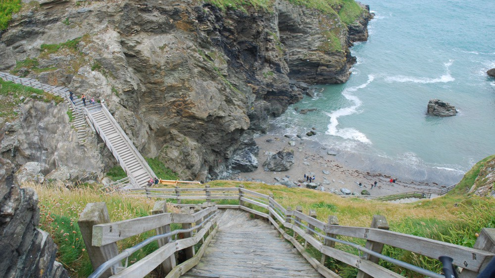 Tintagel Castle Tintagel, The Mysteries of Tintagel Castle - And Legends of King Arthur ...