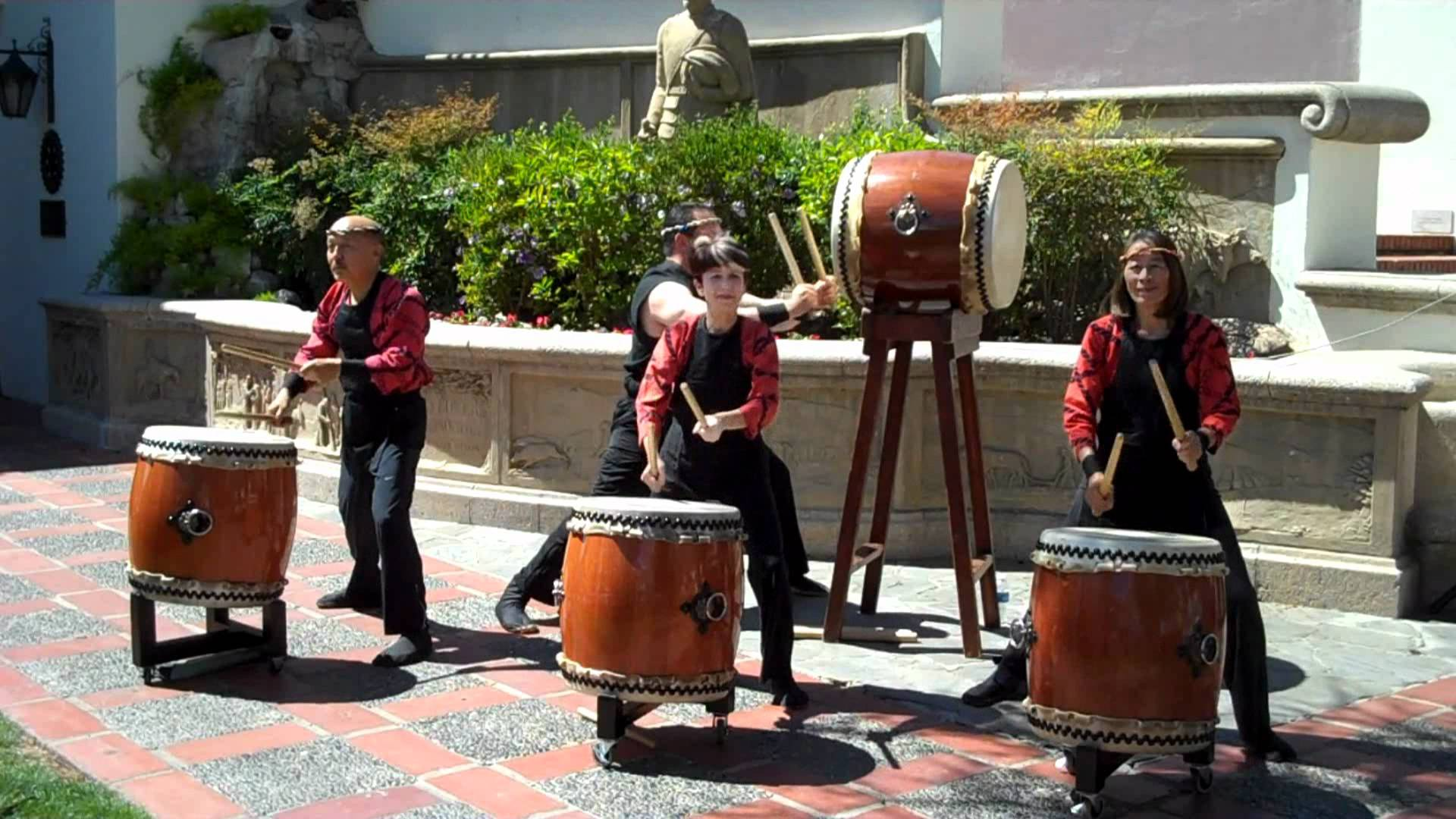 Tokyo International Forum Tokyo, Taiko Center of Los Angeles at the Bowers Museum - YouTube