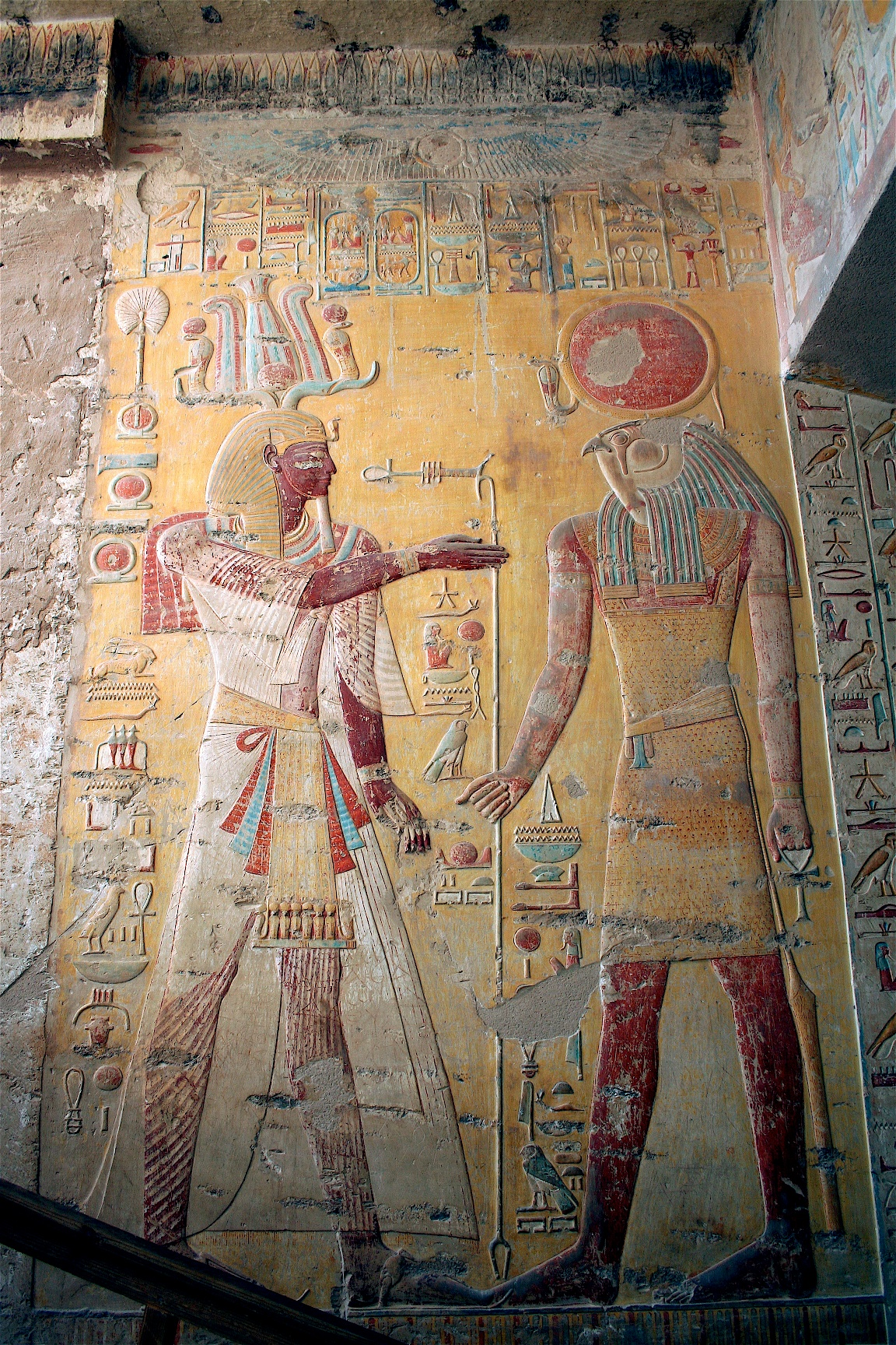 Tomb of Siptah (KV 47) Luxor, The red looped sash: an enigmatic element of royal regalia in ...