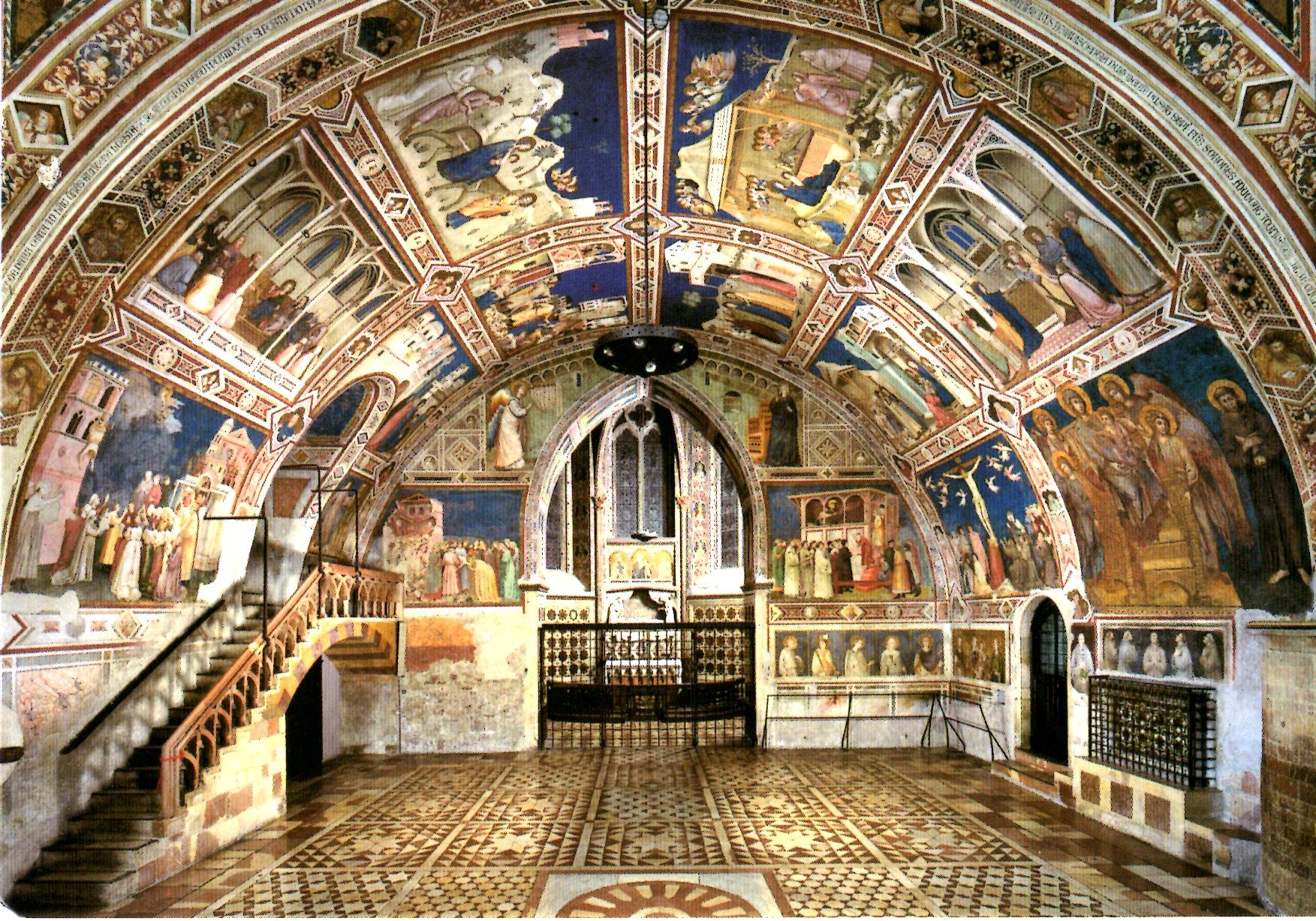 Tomb of St Francis Assisi, basilica-of-saint-francis-lower-level.jpg