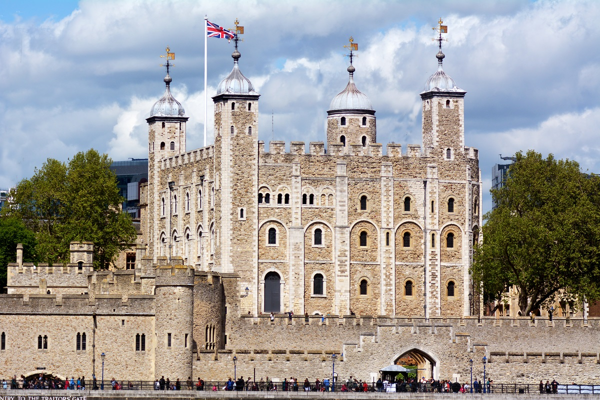 Tower of London London, Visiting The Tower of London | Travel Blue Book