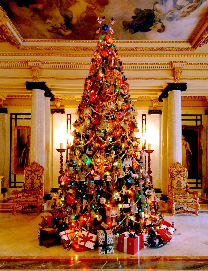 Town of Palm Beach Municipal Beach Palm Beach and the Treasure Coast, Street, boat parades throughout Palm Beach County and the...