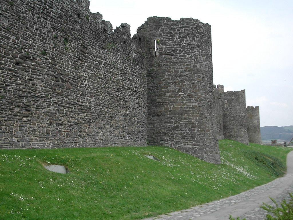 Town Wall Conwy, Conwy's Town Walls
