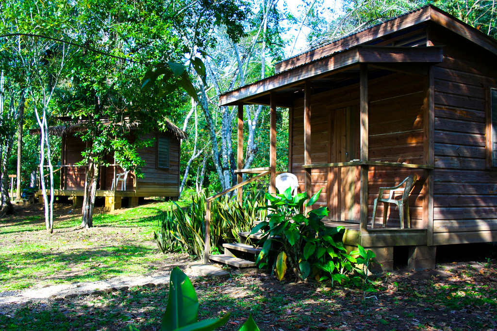 Tropical Wings The Cayo District, The Trek Stop – Budget Lodging