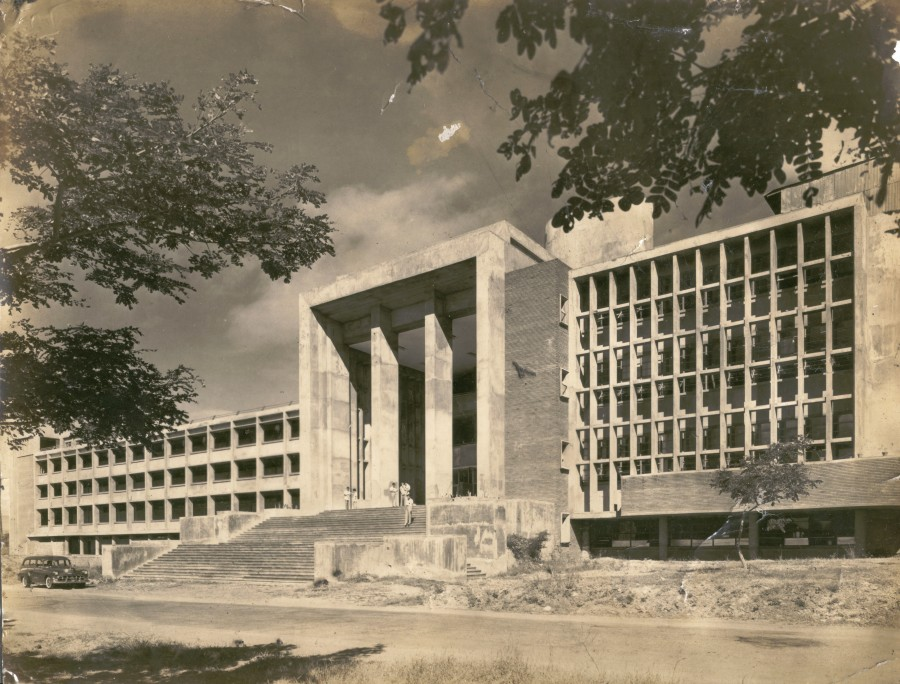 University of the Philippines Diliman Manila, Melchor Hall UP Diliman Construction - Jaycee Gopez | Manila Reviews