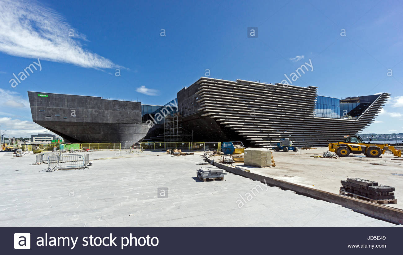 V&A Museum of Design Dundee, Progress in building the V&A Museum of Design at the waterfront by ...