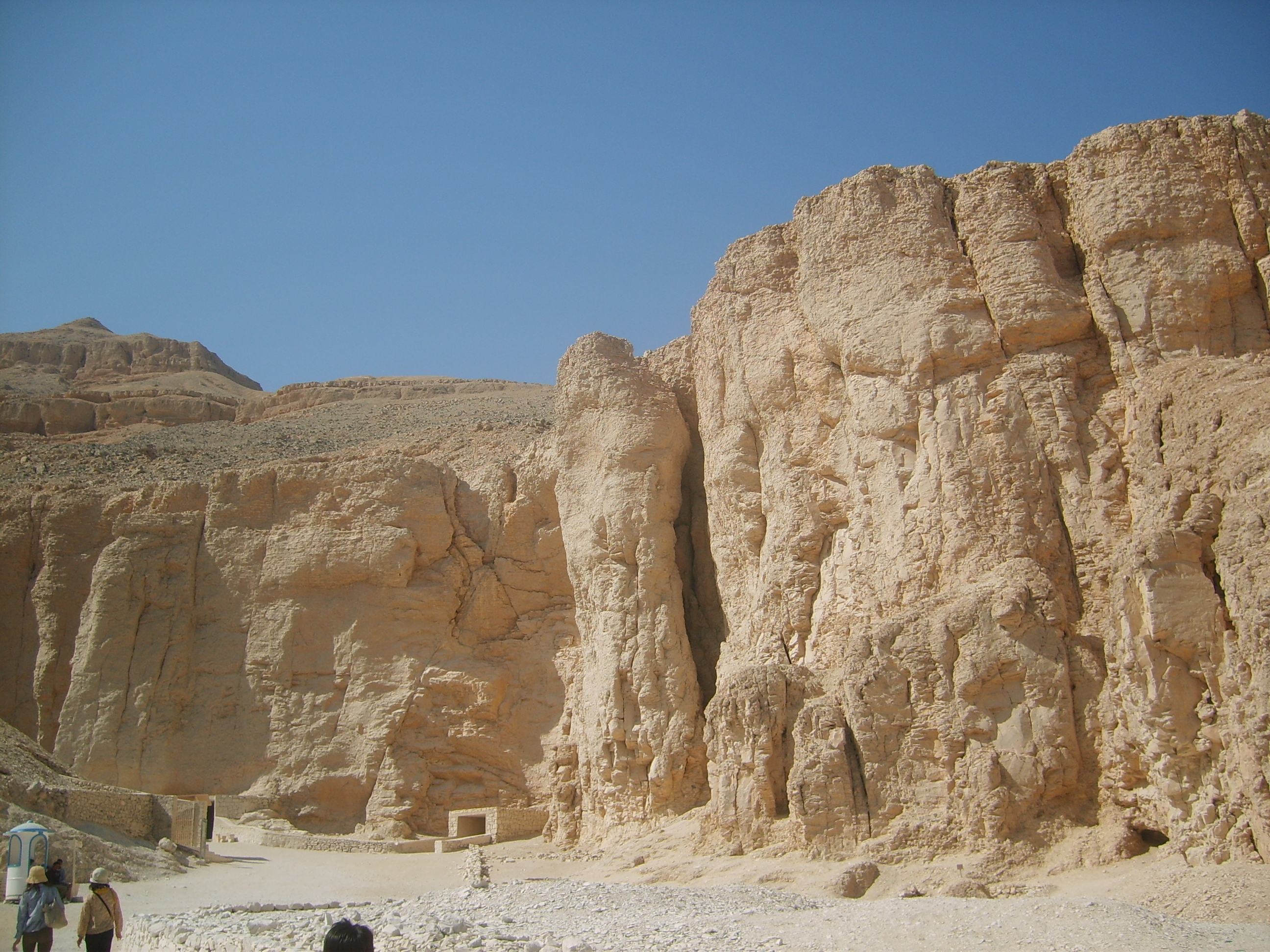 Valley of the Kings Luxor, Tour to Valley of the Kings, Hatshepsut Temple and Colossi of ...