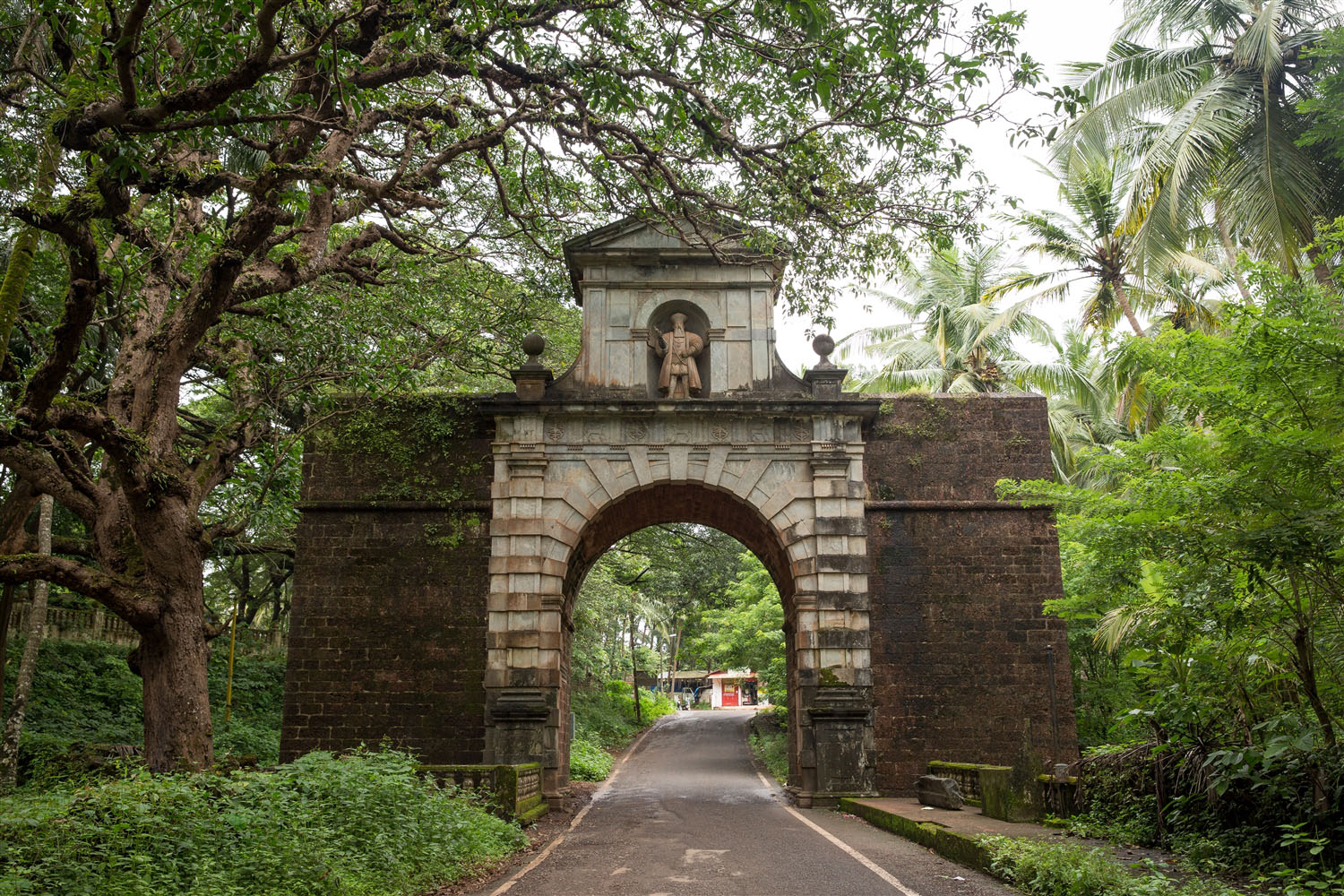 Viceroy's Arch Old Goa, Viceroy's Arch – Kevin Standage