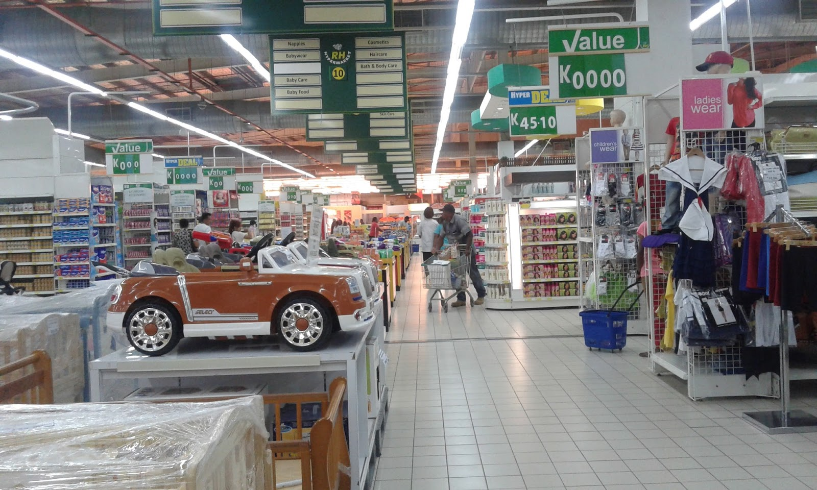 Vision City Port Moresby, Vision City in Port Moresby safe for shopping: Security | One ...