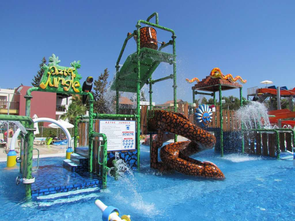 Walter Fletcher Beach & Aquasol Theme Park Montego Bay, Aqua Sol Theme Park | LeAntonios Vacation