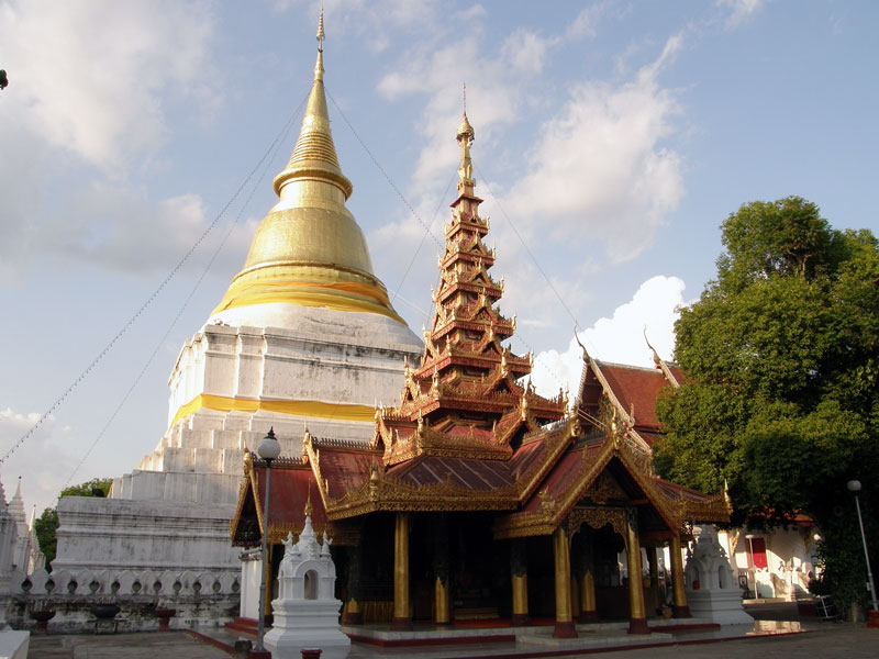 Wat Phra Kaew Don Tao Lampang, A VISIT TO LAMPANG IN THE NORTHERN THAILAND - Eastasy Your Pick