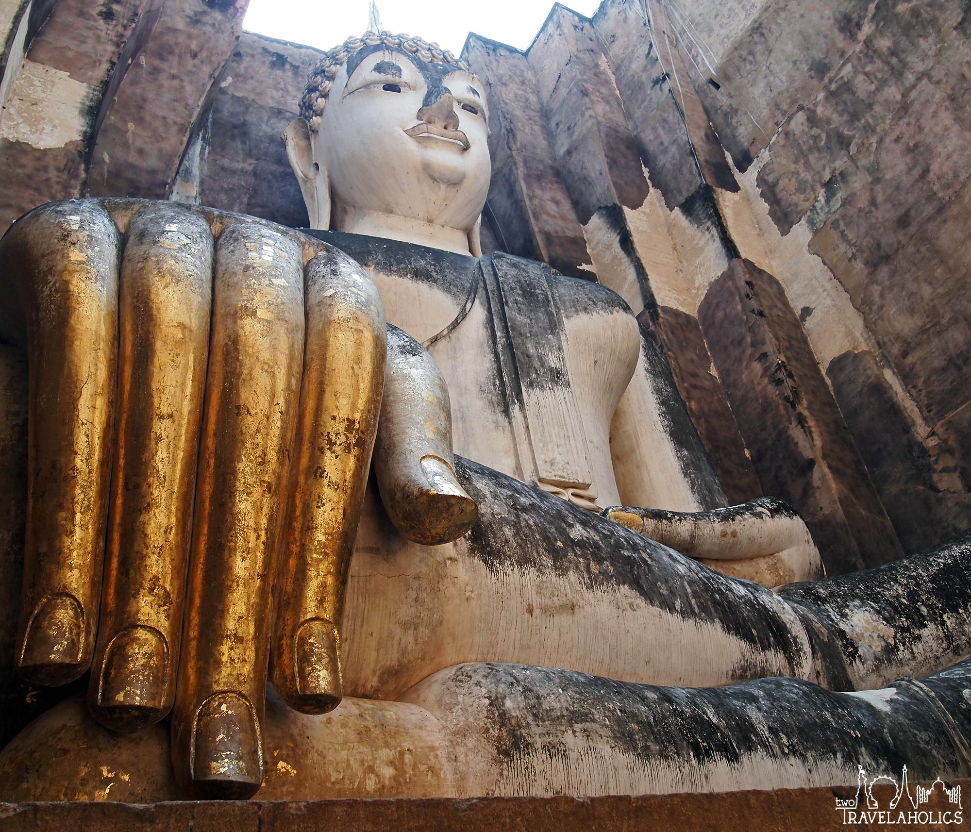 Wat Sri Chum Chiang Mai, Thailand for the Architecture Lover