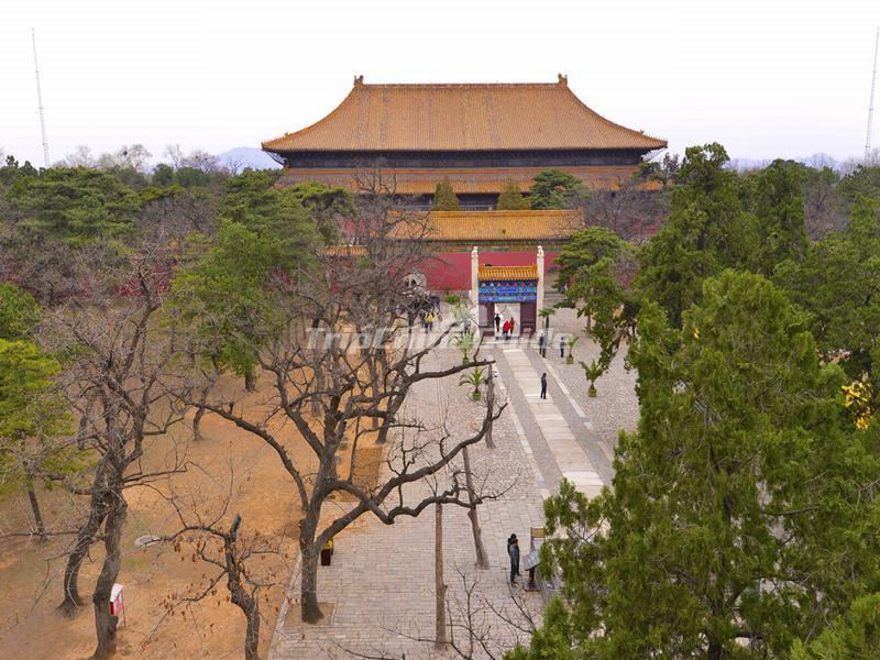 West Palace Gate Běijīng, Changling Tomb - One of the Thirteen Ming Tombs - Beijing ...