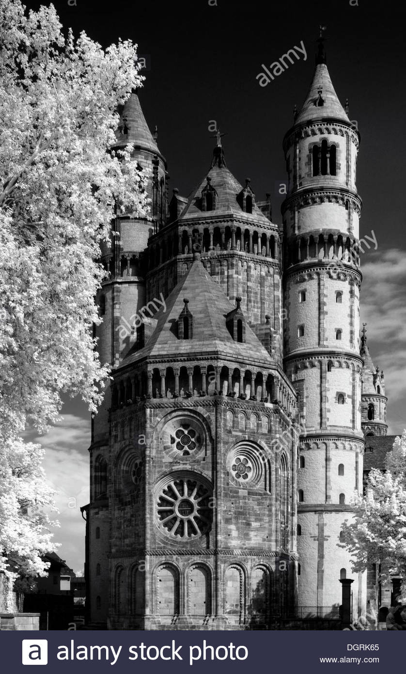 Wormser Dom St. Peter The Pfalz and Rhine Terrace, Wormser Stock Photos & Wormser Stock Images - Alamy