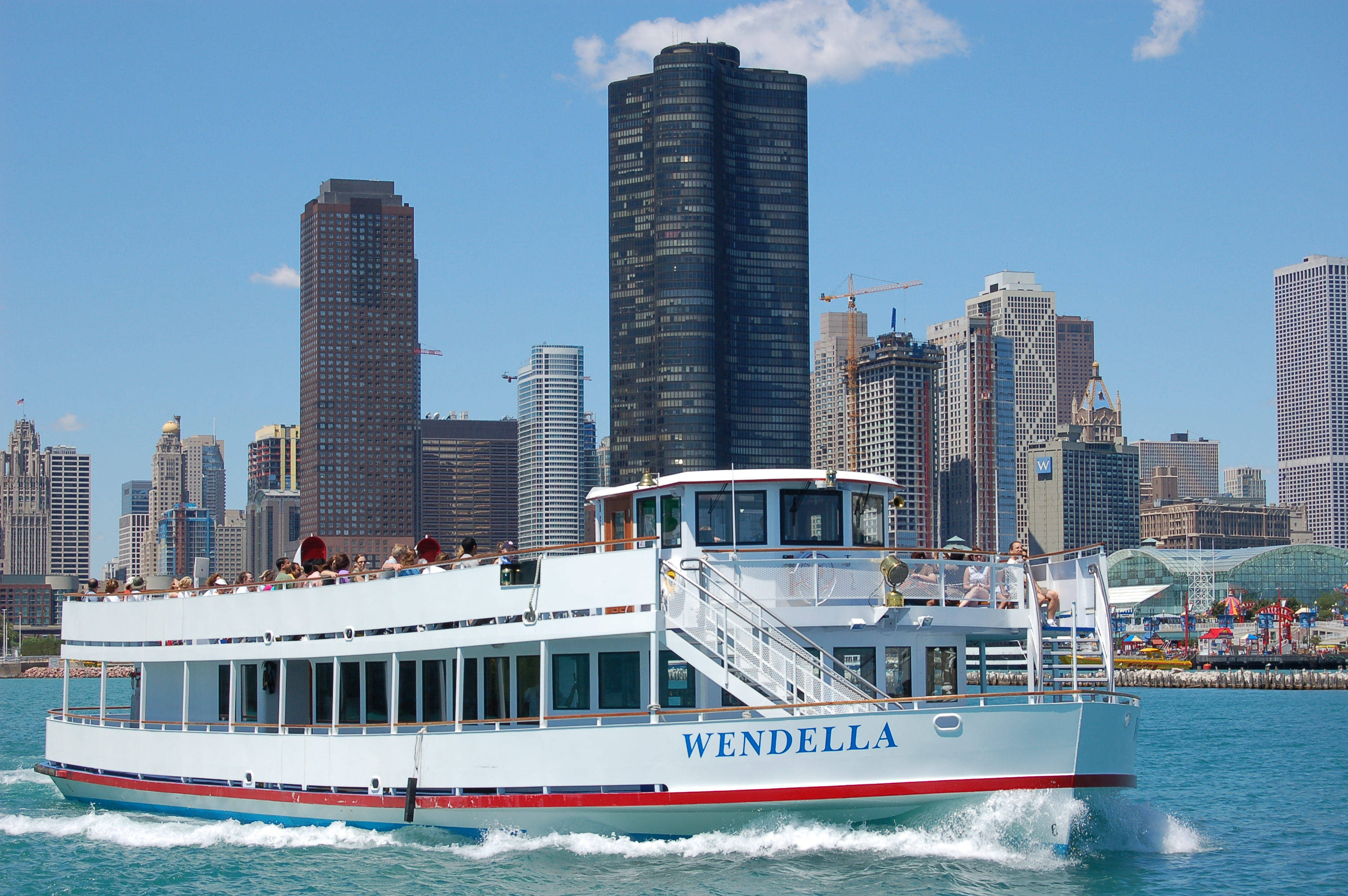 Wrigley Building Chicago, Wendella boat tours - Chicago | Windy City Style | Pinterest ...