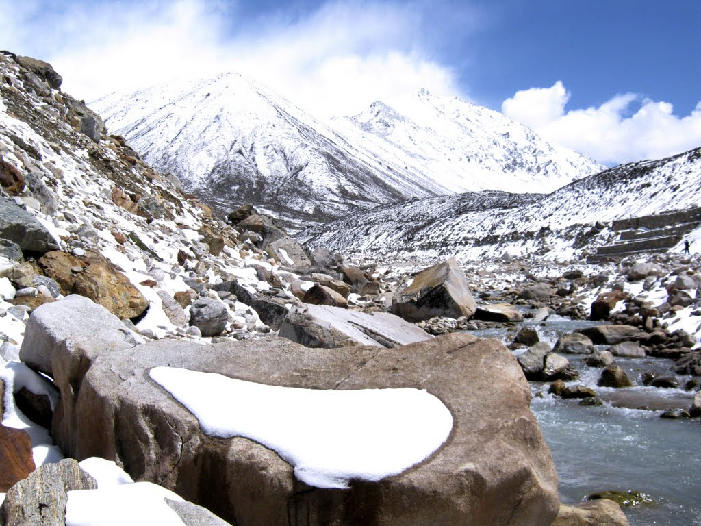 Zero Point Yumthang Valley, Panoramio - Photo of Zero point...about 20km north of Yumthang ...