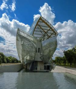 Arc de Triomphe Paris | Fondation Louis Vuitton - Official website