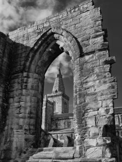 Black Abbey The Southeast | Black & White/Monochrome Photography – Eye For A Pic