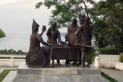 Blood Compact Monument Tagbilaran | Blood Compact Site | Joanne Micolle